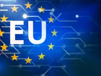 Europa-unione-europea-bandiera-privacy-1020x580